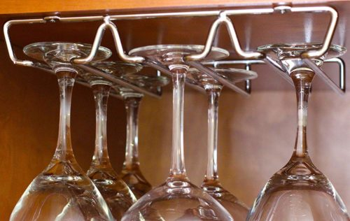 DecoBros under Cabinet Wine Glass Stemware Rack